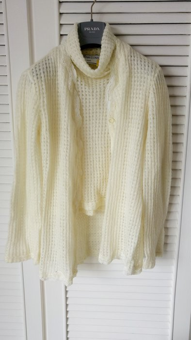 LORENA CONTI PARIS 米白色鬆高短袖羊毛衫 + 蕾絲邊開襟外套