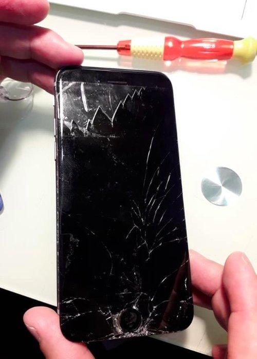 螢幕救星 定價3800NT 預約制 專修iphone6s螢幕粉碎/螢幕斷裂 其餘故障不受理 下單請先詢問時間/交期/地點