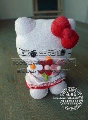 【壹品】日本正版 Sanrio 凱蒂貓/Hello Kitty 毛絨公仔手捧花朵款 僅一個YP-21487