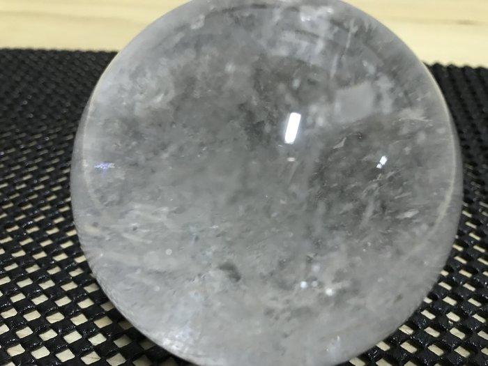 天然白水晶、清透亮 / 天然原礦水晶/ 清澈 、透亮 、可透光 (出清特價)