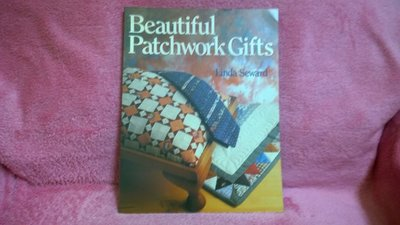 【珍寶二手書齋FB13】Beautiful Patchwork Gifts Seward, Linda