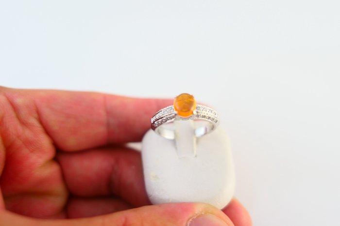 [吉宏精品交流中心]天然蛋白石 天然鑽石 白K金 造型 戒指