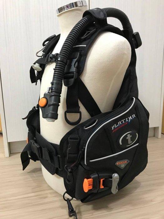 -桃園店- Platina Evolution BCD 近全新 有快卸配重袋 SIZE M 潛水BC 已保養