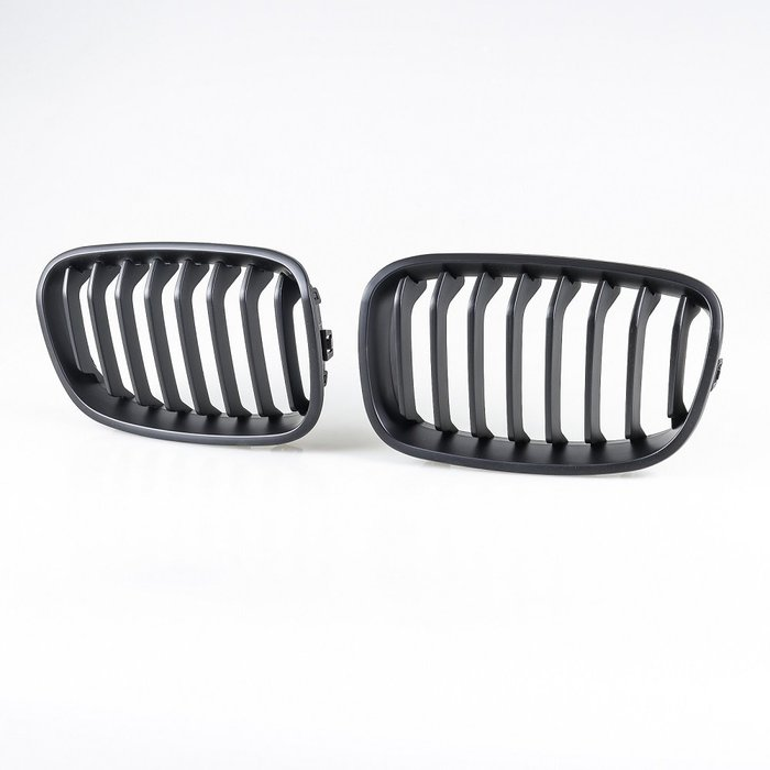[消光黑] Sports樣式 水箱罩鼻頭格柵 寶馬BMW 1系列 F20 F21 pre-LCI用 2012~2014年