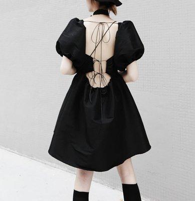 RVP-【暗黑蘿莉】綁帶露背性感方領泡泡袖高腰公主洋裝-5129