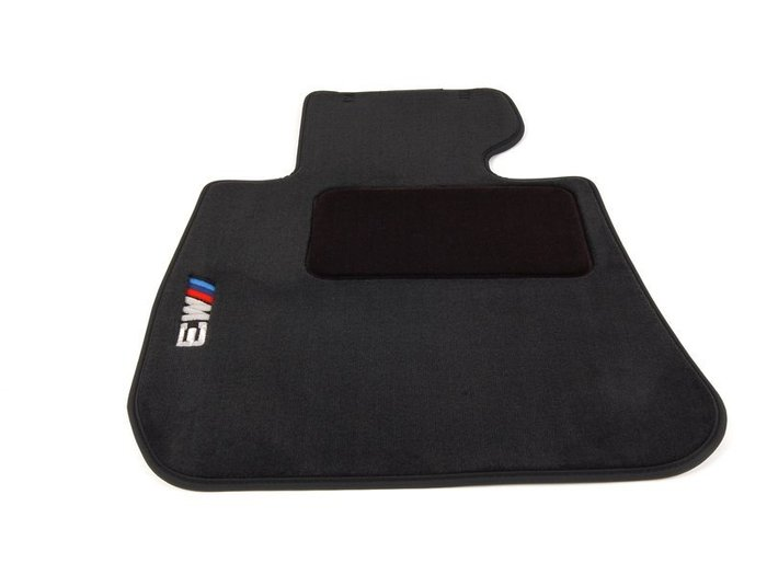 【樂駒】BMW 原廠 E92 E90 E93 M3 絲絨 絨毛 腳踏墊 美版 短絨 車內 套件 周邊 車室