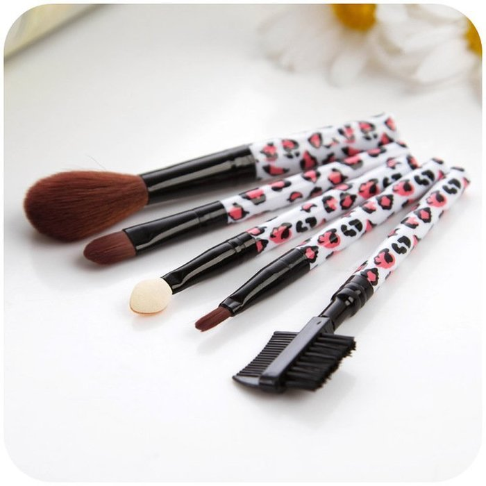 彩妝【FMD020】專業化妝刷五件套 眉筆 彩色眼線筆 眼影 腮紅 唇筆 彩妝 粉底液-收納女王
