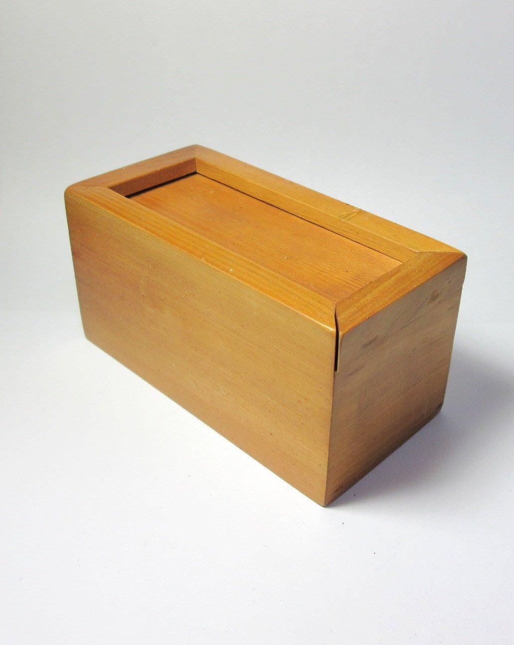 出賣家藏--早期檜木盒(大)