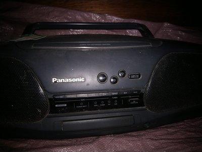 早期日本帶回的Panasonic RX-DT707 Bi-AMP 4 drive內藏雙卡帶+CD+收音機大型很重扛在肩上