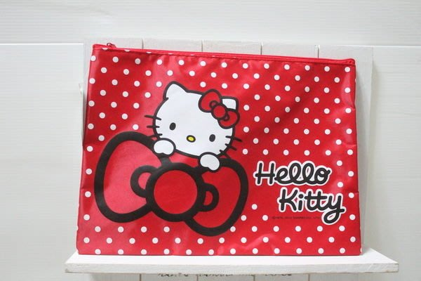 天使熊小鋪~日本hello kitty紅色文件夾 文件收納袋 可放原子筆 ipad air收納包~