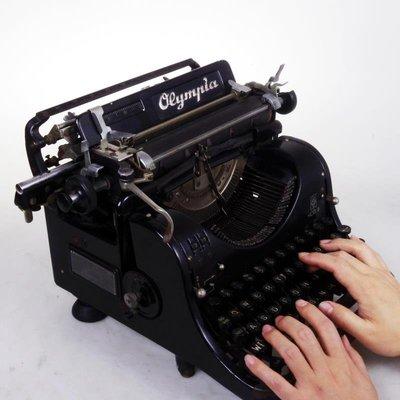 百寶軒 古董老物件OLYMPIA機械英文打字機不工作影視道具造型機處理 ZG2849