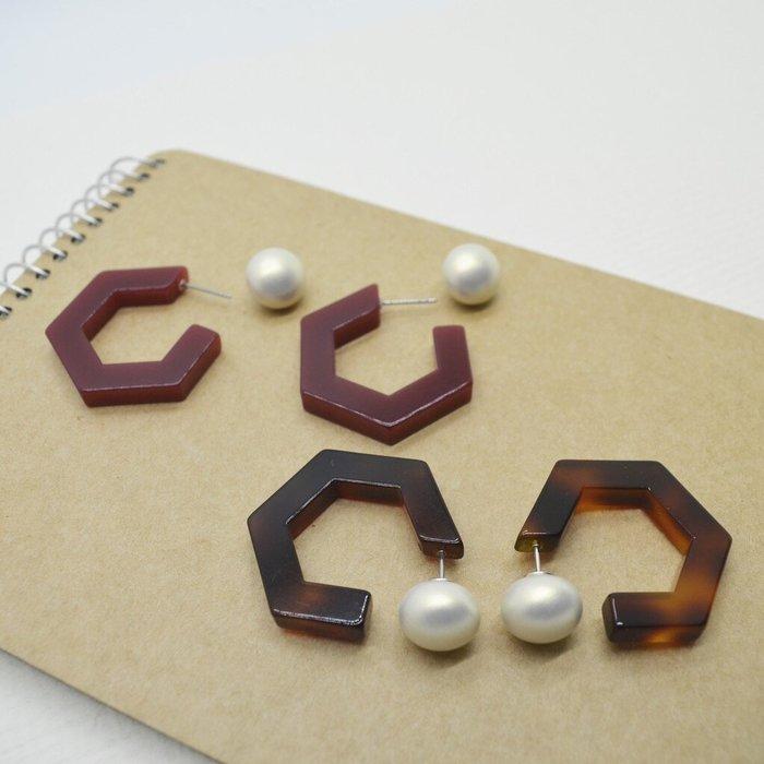 The M 正韓 兩戴系列-霧面 珍珠 五角 圈圈耳環-琥珀色-共五色-抗過敏 鋼針