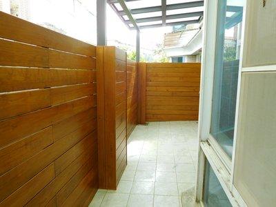 新店 後院 南方松 圍牆  圍籬 格柵 牆板 木作 工程