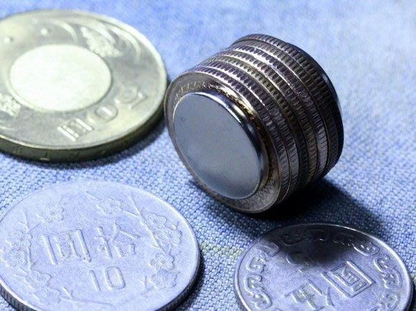 釹鐵硼強力磁鐵-圓形硬幣磁鐵16mmx2mm-你絕對沒用過磁力這麼強的@萬磁王@
