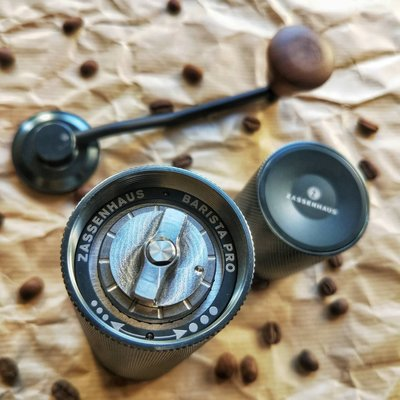 【佳維咖啡】【德國Zassenhaus台灣總代理】 Barista Pro手搖磨豆機非海勒 1zpresso
