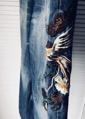 原價三萬【REPLAY】花鳥刺繡牛仔褲👖