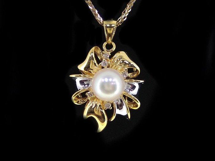 【頂級】天然南洋白珍珠【7.3mm】  搭5顆天然美鑽 白K金墬台、項鍊