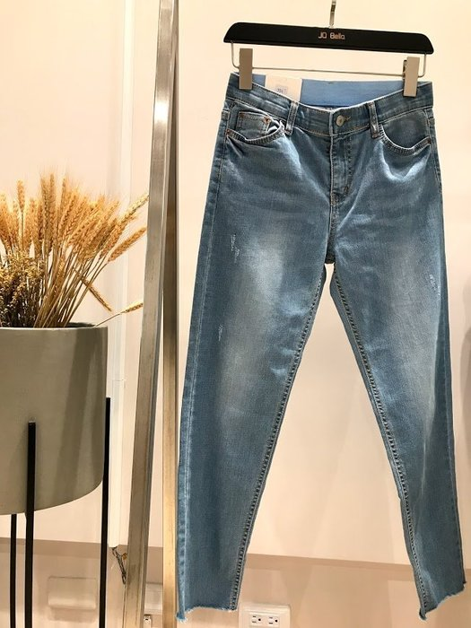 ✽JoBella 韓國空運 韓國代購 韓貨✽ 切腳直筒牛仔褲 現貨+預購 j86009