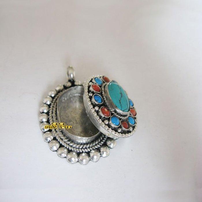 西藏特產純手工橢圓形白銅嘎烏盒吊墜4620已開光