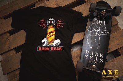 【AXE】DARK SEAS -VISIONARY T-SHIRT[黑] 街頭 西岸 硬派 重機 衝浪 短T 滑板