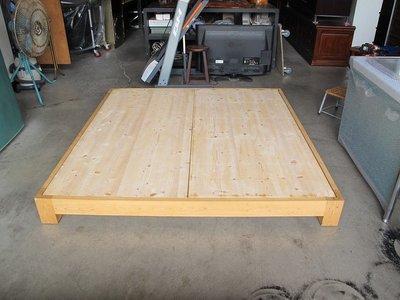 永勝二手家具~雙人加大床架(B-920)  實木床架  6尺床架 雙人床墊 雙人床架 永勝2手家具