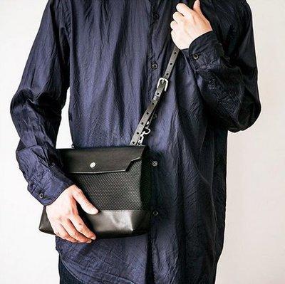 [ AD lib 代購 ] 日本 CaBas N°60 厚磅+皮革 手作感 輕巧 小包 斜背包 黑白兩色 男女皆可