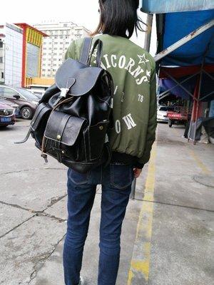『老兵牛仔』KX6014歐美復古擦色鞣皮雙肩撞色包/男包/鞣皮/復古/彈力/耐拉/個性