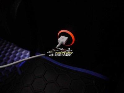 (小鳥的店)豐田 SIENNA PREVIA  RAV4 雙孔 USB 圓型 原廠部品 藍光