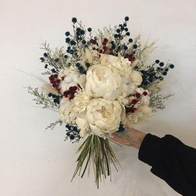 D43。藍白紅色系乾燥捧花。拍照捧花。客製新娘捧花。台北自取【Flower&House花藝之家】