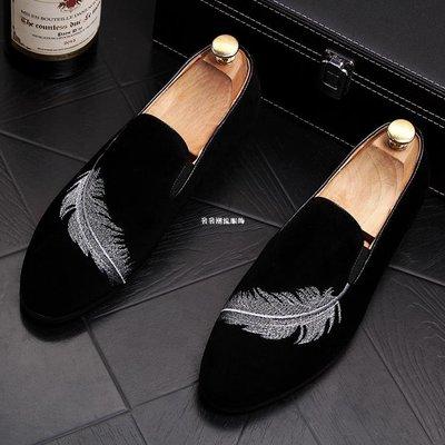 發發潮流服飾男士尖頭小皮鞋時尚套腳休閒鞋子刺繡透氣懶人鞋低幫樂福鞋豆豆鞋