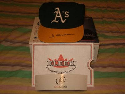 2001 Fleer Legacy Autograph Cap/Hat Johnny Damon 簽名球帽 [附保證書]