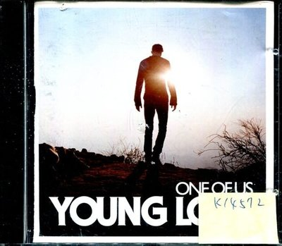 *真音樂* YOUNG LOVE / ONE OF US 二手 K14572 (封面底破)