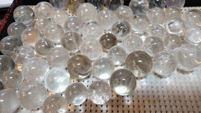 天然白水晶球小圓球1.8-2.2公分隨身攜帶擺件產地巴西【東大開運館】