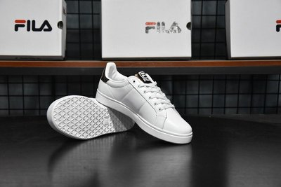 FILA斐樂女板鞋FHT TT-COURT DELUXE網球鞋女鞋運動鞋休閑鞋炫彩