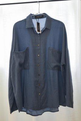 全新 含包裝吊牌 VIVNIC 絲滑單寧牛仔男孩boyish寬鬆長袖襯衫