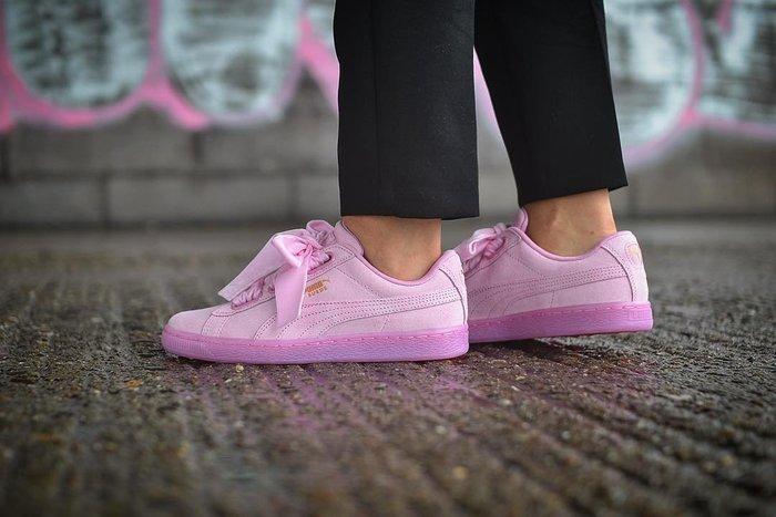 ☆AirRoom☆【現貨】Puma Suede Heart Reset 緞帶鞋 粉紅色 麂皮 女鞋 363229-02