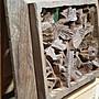 眾藝苑-台灣牛樟木,花鳥窗雕,整塊厚板雕成,可當牆壁吊件、擺示。尺寸:33×24×厚4公分。