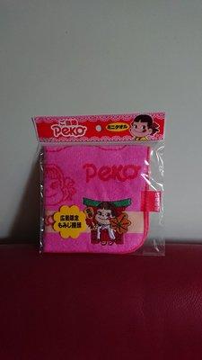 購自日本 - 全新正版廣島限定牛奶妹 Peko 深粉紅色四方毛巾。中國製 。