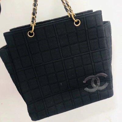 日本中古二手💕💕香奈兒vintage Chanel黑金布面巧克力手提包(夢露🇰🇷🇯🇵現貨實拍)
