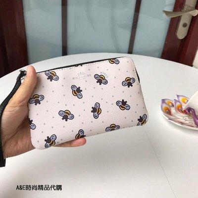 A&E精品代購COACH 寇馳 23674 蜜蜂圖案 手拿包  零錢包 手腕包 美國代購