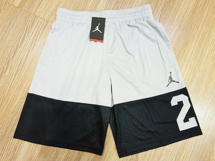 全新NIKE AIR JORDAN 運動籃球短褲 XL灰黑配色 原價1280