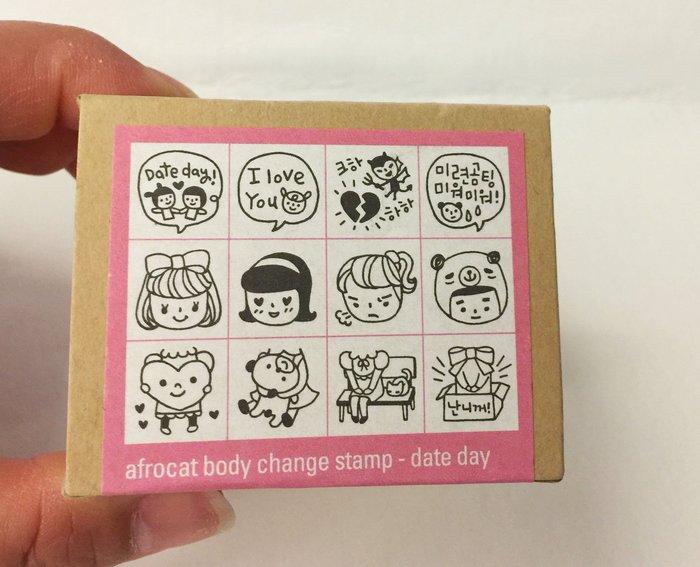 ^燕子部屋 ^搞怪多變印章一盒12入-date day