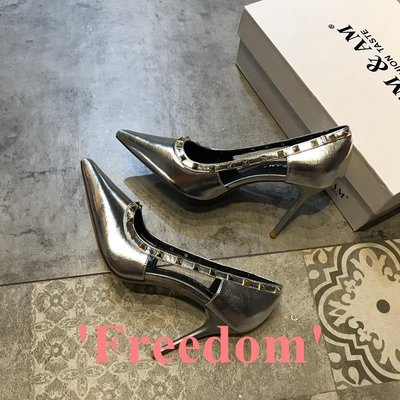 Freedom~女鞋鉚釘高跟鞋女2019新款時尚性感氣質鏤空尖頭淺口細跟單鞋金色銀色