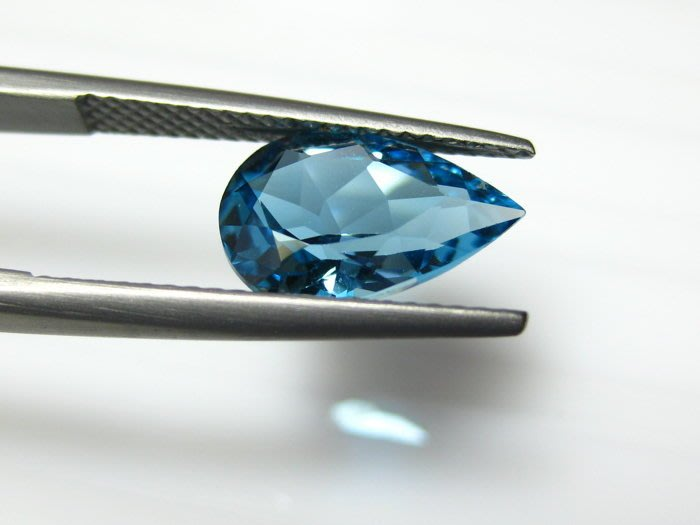 【Texture & Nobleness 低調與奢華】天然寶石倫敦藍托帕石 2.9克拉