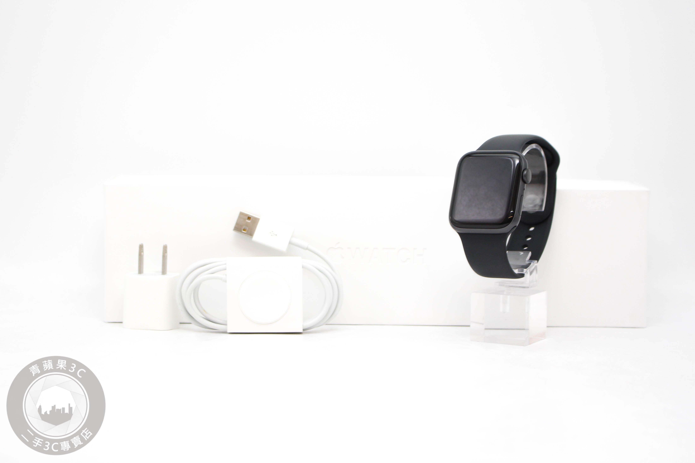 【台中青蘋果】Apple Watch Series 5 44mm GPS 太空灰色鋁金屬殼搭黑色運動錶帶#57656