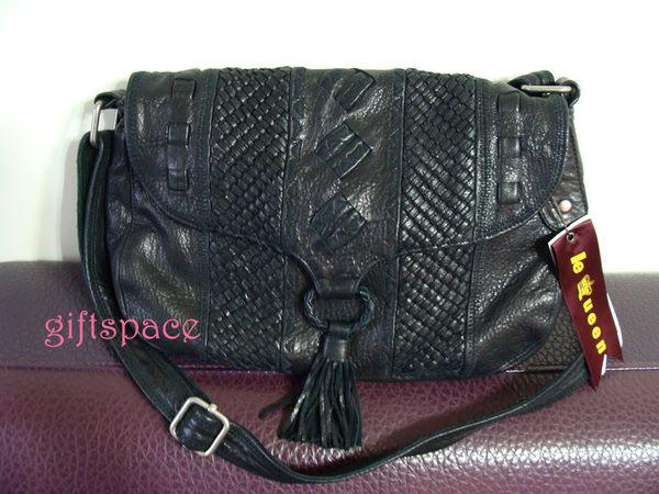 義大利設計師款Le queen 水洗小羊皮 黑色 小編織設計流蘇側肩斜背兩用包 黑色
