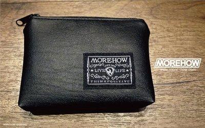 D《 MOREHOW 》多功能包 零錢包 黑色  拉鏈零錢包 Money Bag 可放紙鈔信用卡 (另有紅色款)