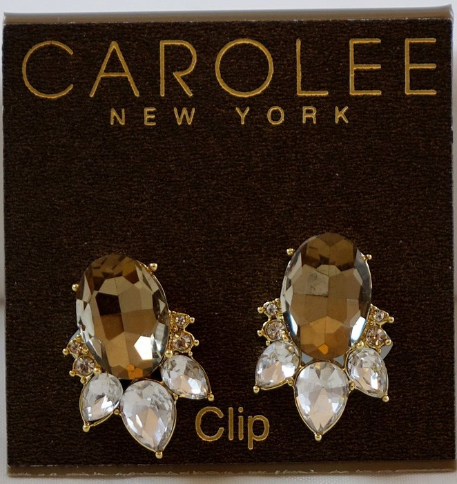 全新美國帶回 CAROLEE 金色亮眼鑲拓帕黃晶色系水鑽夾式耳環,附原廠防塵袋與禮盒,只有一件!低價起標無底價!免運費!