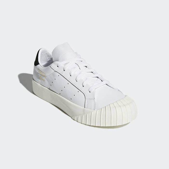 【Luxury】Angelina 運動女神款 Adidas Originals Everyn Mcqueen 黑金配色
