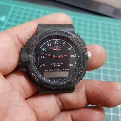 特殊 稀有 日本 CASIO 早期 男錶 ☆ 大錶徑 要不要拼一下 ^_^ 石英錶 識貨的請把握 E08 飛行錶 水鬼錶 軍錶 機械錶 三眼錶 軍錶 手上鏈